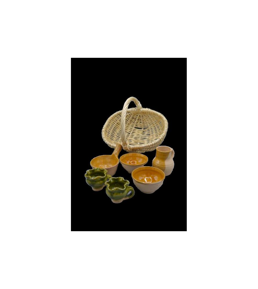 Dinette de poteries médiévales